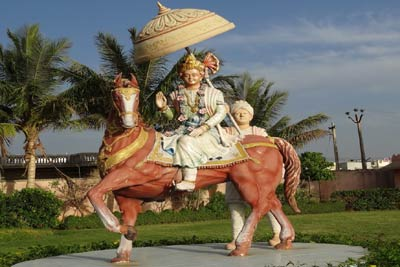 2 Days Ayodhya & Chhapaiya Tour Package from Lucknow, India