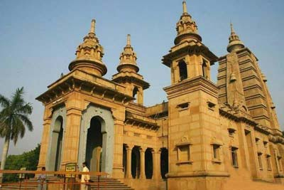 04 Days Varanasi Temple Tour with Sarnath & Ramnagar