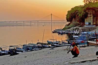 06 Days Varanasi-Bodhgaya-Ayodhya-Allahabad-Varanasi Tour