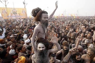 Allahabad Ardh Kumbh 2019 Tour at Triveni Sangam from Delhi, India