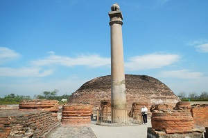 ashoka pillar allahabad india