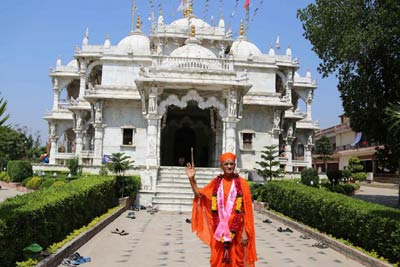 Chhapaiya Swaminarayan Temple Tour from Lucknow with Ayodhya, Allahabad & Varanasi, India