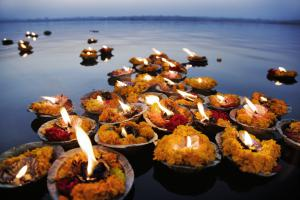 Dev Dipawali 2016 Varanasi Tour Package