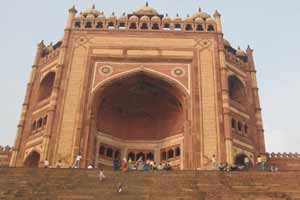 Fatehpur Sikri Pilgrimage tour Packages India