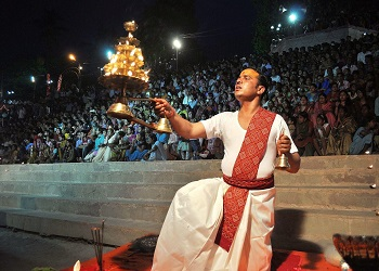 Corona Havoc: ban on pilgrims in the world famous Ganga Aarti