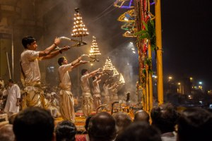 Enjoy Ganga Aarti in the Evening