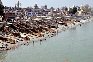 ghats of ayodhya india