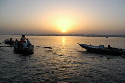 Great Ganges Tour Package in North India - via Rishikesh Haridwar to Varanasi