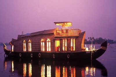 Amazing Houseboat Honeymoon Package for Alleppey - 2 Nights and 3 Days