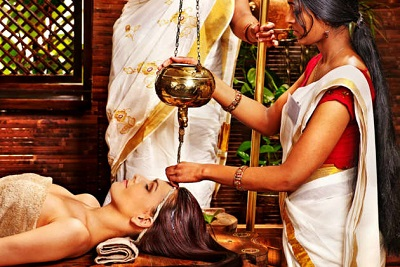 Kerala Honeymoon Package with Ayurvedic Massage - 7 Nights and 8 Days