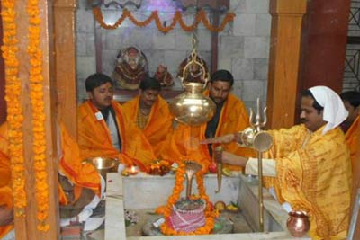 Rudrabhishek Puja Package with Kashi Darshan, Varanasi, India