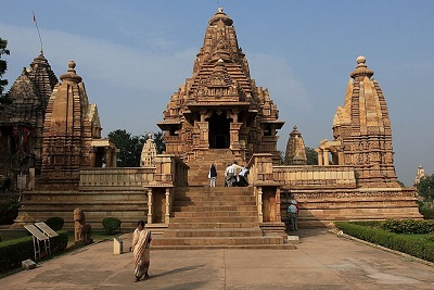 Golden Triangle Holiday Tour in India with Khajuraho and Varanasi