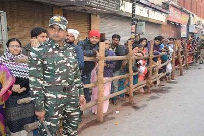 Over 10 lakh pilgrims visit Kashi Vishwanath temple in 48 hours
