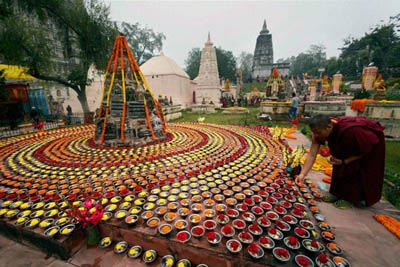 2 Days Bodhgaya & Gaya Tour Package from Varanasi